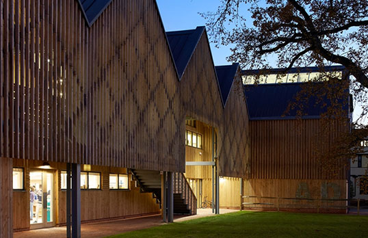 Bedales-School-of-Art-and-Design-by-Hufton-and-Crow