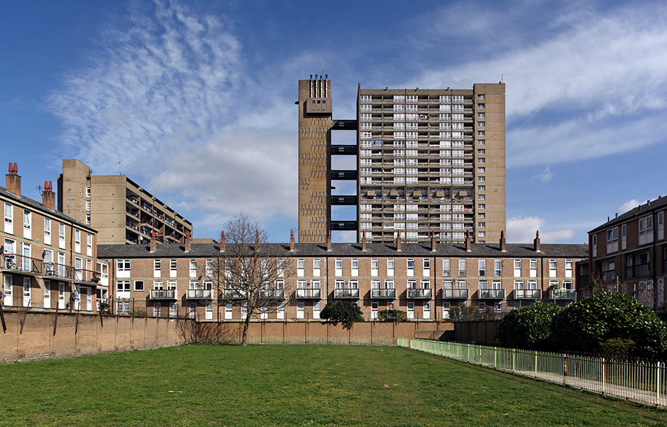 Carradale House (behind on the left) and Balfron Tower (rising in the background), Poplar, London