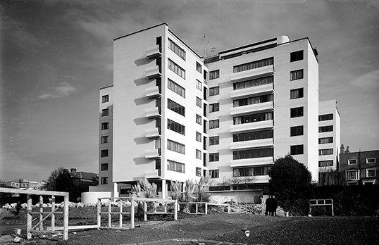 Highpoint One, London Architectural Press Archive / RIBA Collections